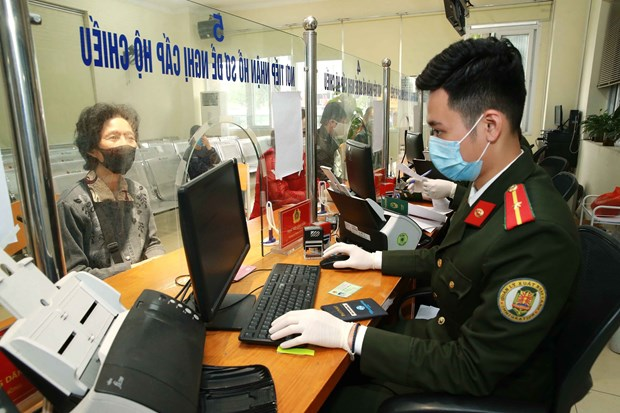Local authorities urged to promote check of suspected COVID-19 cases hinh anh 1
