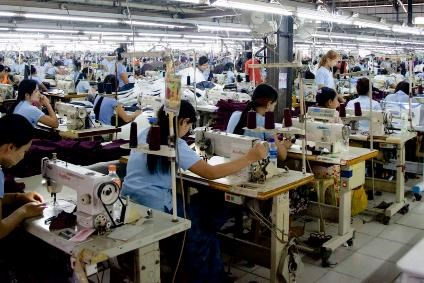 Cambodia: garment workers hit by COVID-19 hinh anh 1