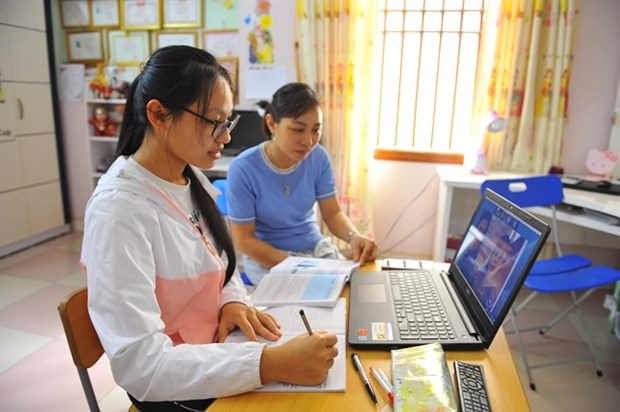 Ministry plans to streamline curriculum amid long school closure hinh anh 1