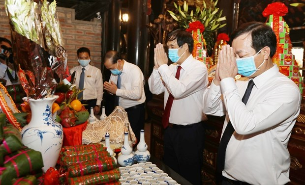 Ceremony commemorates legendary ancestors of Vietnam hinh anh 1