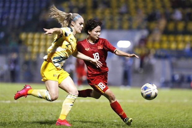 Women's national football team maintain top position in Southeast Asia hinh anh 1