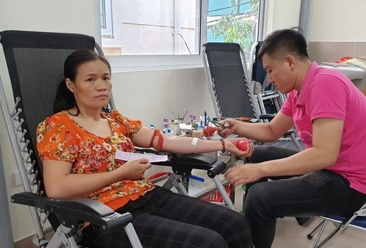 Top leader sends letter to people nationwide on blood donation drive hinh anh 1