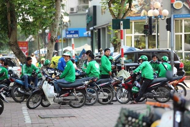 COVID-19 brings Hanoi GrabBike services to halt hinh anh 1
