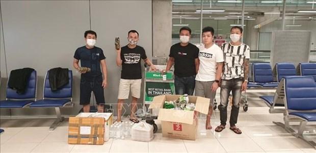 Vietnamese stuck at Thai airport get help hinh anh 1