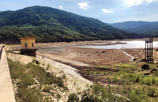 Central region faces water shortage for summer-autumn crop hinh anh 1