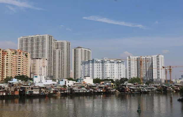 Real estate supply, demand in HCM City decrease amid COVID-19 outbreak hinh anh 1