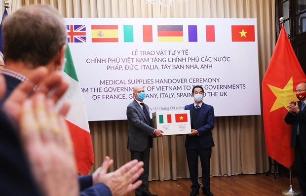 Italy thanks Vietnam for support in COVID-19 fight hinh anh 1