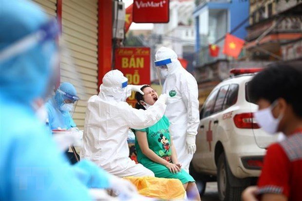 No new COVID-19 cases recorded on April 12 morning hinh anh 1