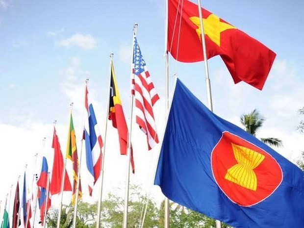 Special summits to strengthen ASEAN, partners' ties in COVID-19 fight hinh anh 1