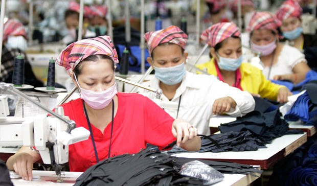 Most factories in Cambodia operate as usual during traditional new year hinh anh 1