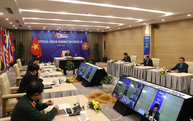 ASEAN 2020: ASEAN promotes cooperation in COVID-19 response hinh anh 1