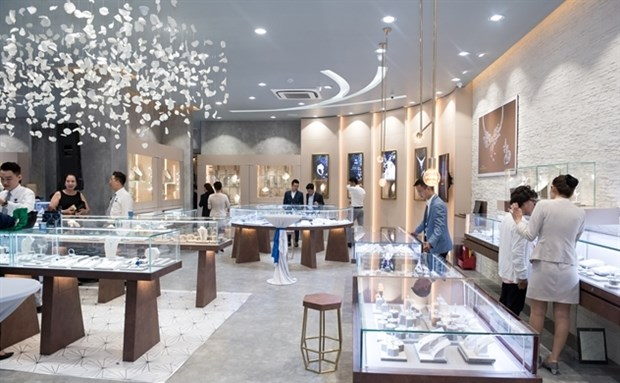 Phu Nhuan Jewellery sees revenue up but profit down in Q1 hinh anh 1