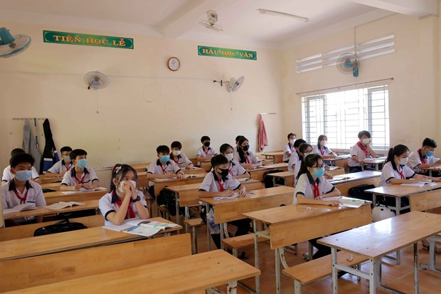 Schools to remain closed if local area still at high risk of infection hinh anh 1
