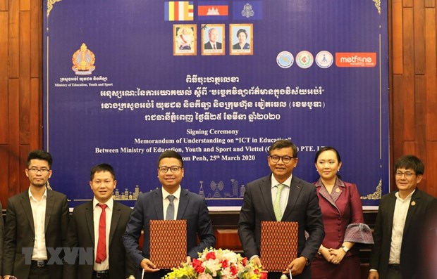 Metfone partners with Cambodian govn't in COVID-19 fight hinh anh 1
