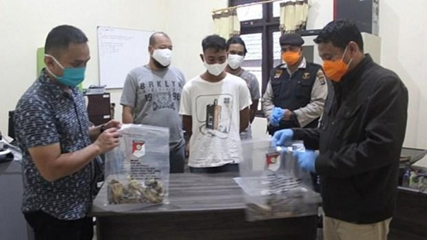 Indonesian police smash plot to plant bomb in mosque hinh anh 1