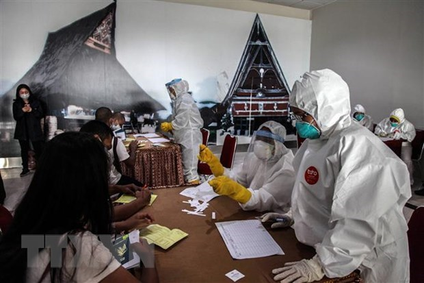 Southeast Asian countries report more COVID-19 infection cases hinh anh 1