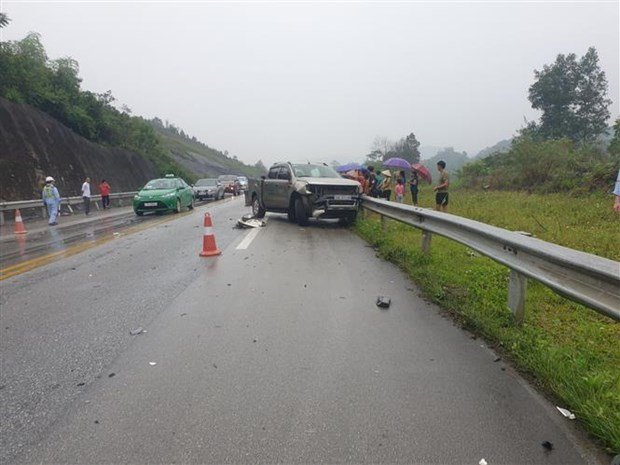 Traffic accidents claim 79 lives during holidays hinh anh 1