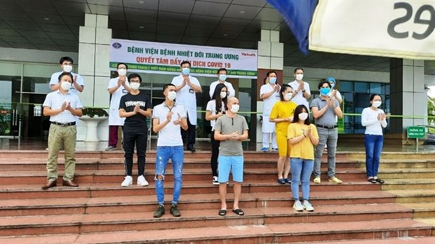 Vietnam reports 11 more recovered COVID-19 patients, total hits 232 hinh anh 1