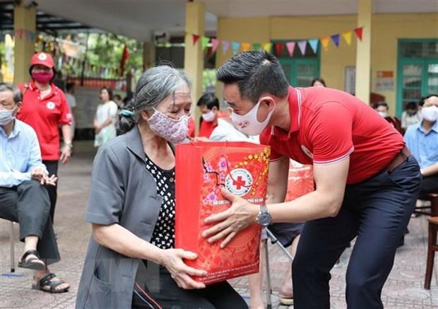 Humanitarian month kicks off hinh anh 1