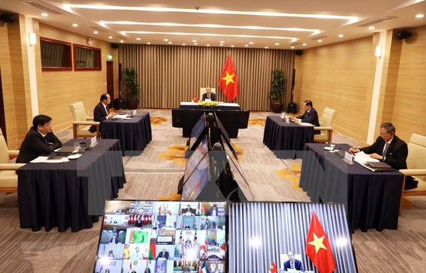Vietnam calls for stronger NAM cooperation in COVID-19 combat hinh anh 1