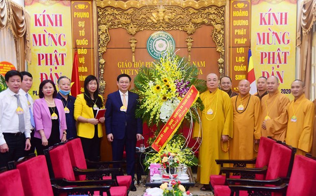Hanoi leader extends greetings on Lord Buddha's birthday hinh anh 1