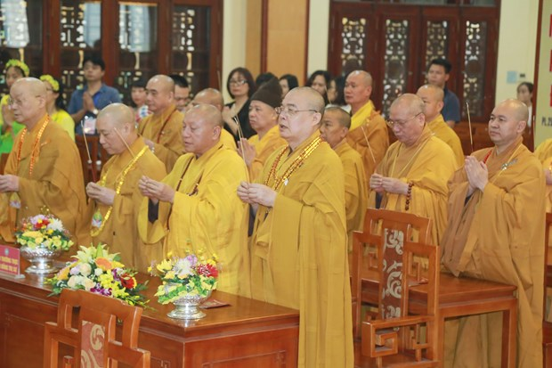 Celebrations ring out on Buddha's birthday hinh anh 1