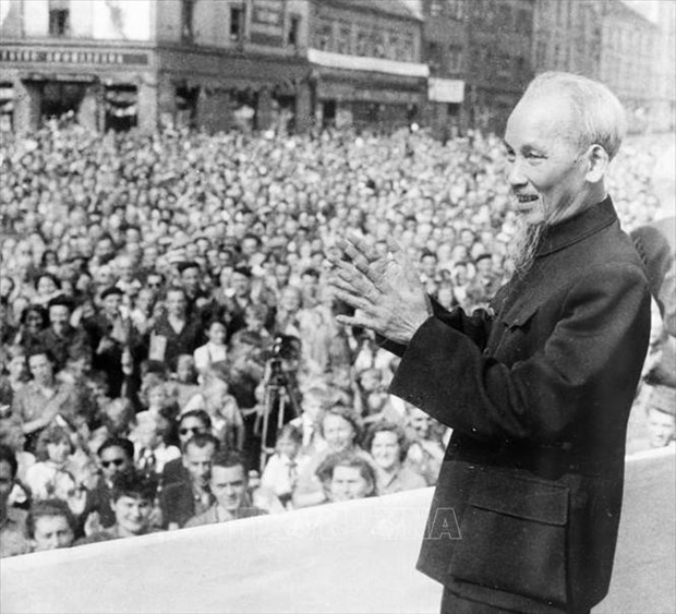 French historian praises President Ho Chi Minh's character hinh anh 1
