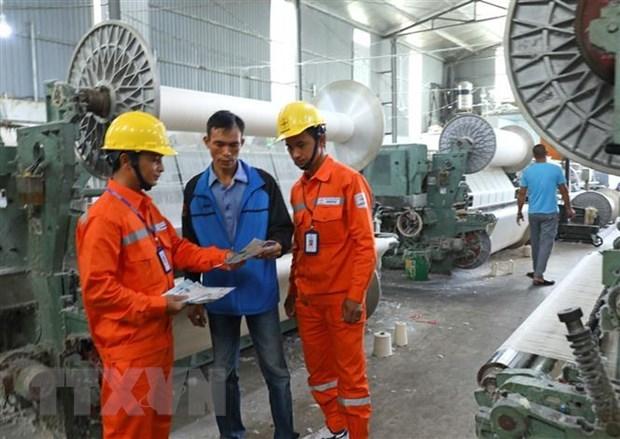 PM instructs enhancing power saving hinh anh 1