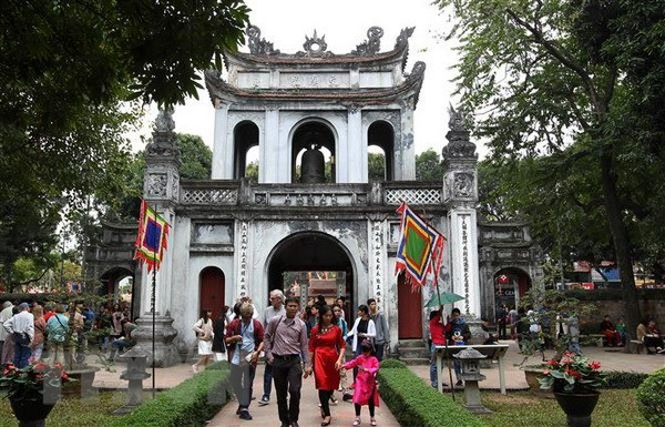 Tourists to Hanoi reduce by 98.4 percent in April hinh anh 1