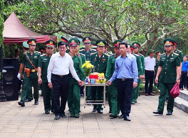 Reburial service for martyrs in Ha Giang hinh anh 1