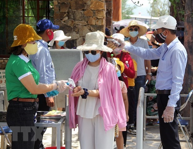 Vietnam seeks to boost tourism following COVID-19 hinh anh 1