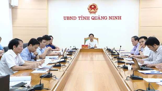 Ha Long plans to zone off aquaculture area from bay hinh anh 1