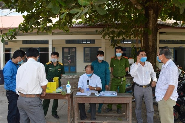 An Giang traces escapee from COVID-19 quarantine camp hinh anh 1