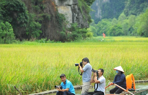 Contest open for videos that inspire travellers to explore Vietnam hinh anh 1