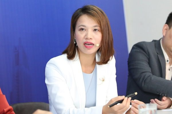 Companies urged to develop online presence amid pandemic hinh anh 1