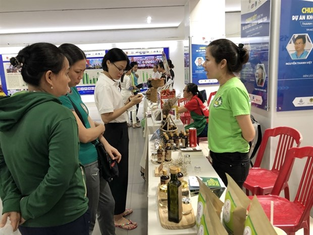 Accessing credit requires firms to embrace financial transparency: experts hinh anh 1