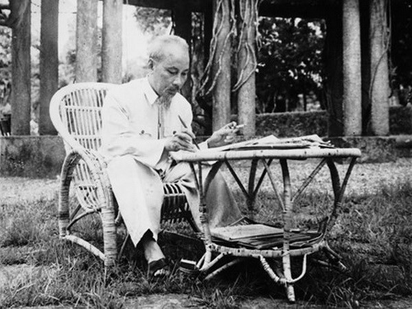 President Ho Chi Minh in eyes of foreign friends hinh anh 1
