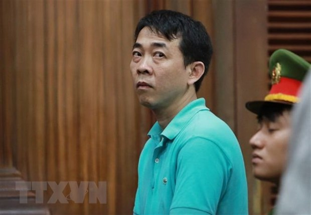 Fake cancer drugs appeal trial begins hinh anh 1