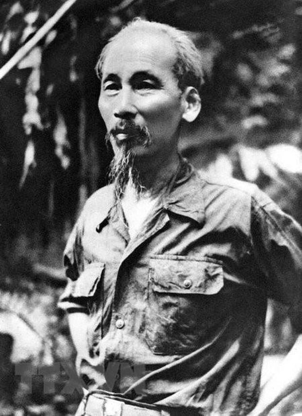 Algerian media spotlight President Ho Chi Minh hinh anh 1