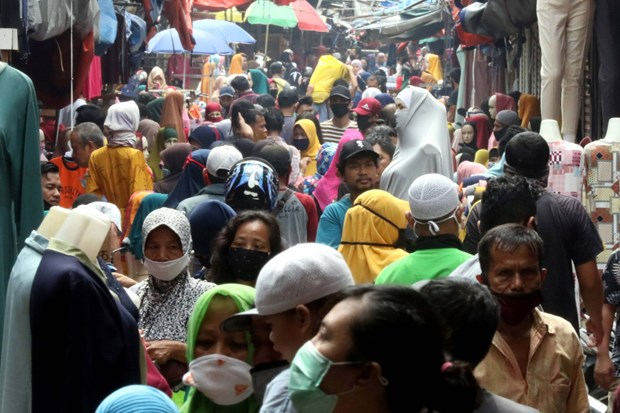 Indonesia: No relaxation of large-scale social restriction policy hinh anh 1