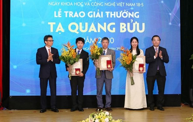 Three scientists receive Ta Quang Buu Awards 2020 hinh anh 1
