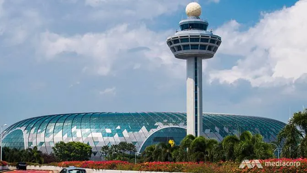 Travellers allowed to transit through Singapore's Changi Airport from June 2 hinh anh 1