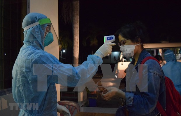 Vietnam enters 35th straight day with no new community COVID-19 cases hinh anh 1