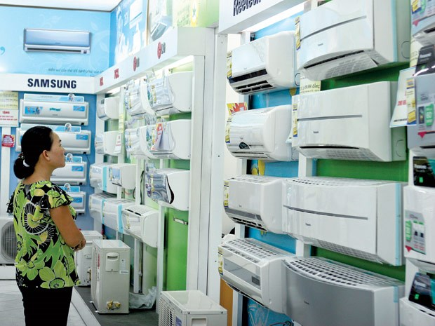 Local air-conditioner brands join race for market share hinh anh 1