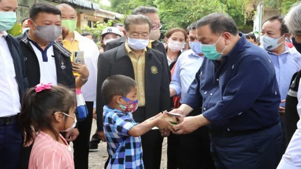 Thailand: Mobile hospital delivers medical services to forest communities hinh anh 1