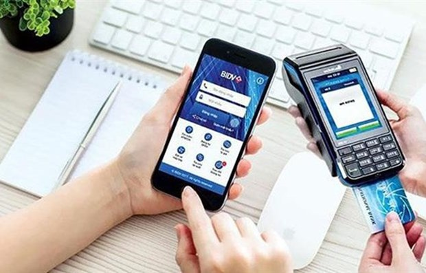 Vietnamese take increasingly to cashless payments hinh anh 1