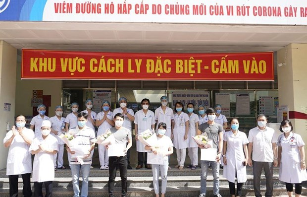 Vietnam reports no new community COVID-19 infections for 48 days hinh anh 1