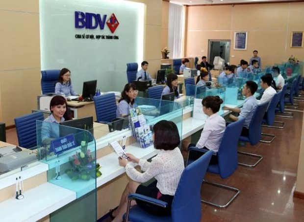 Reference exchange rate down 2 VND on June 4 hinh anh 1