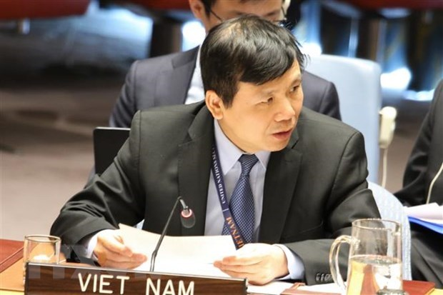 Vietnam chairs meeting of UNSC's Informal Working Group on International Tribunals hinh anh 1