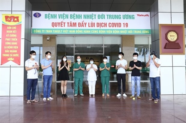 Nine more COVID-19 patients recover hinh anh 1